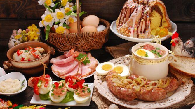 """Dietetyk ostrzega przed <br />wielkanocną """"bombą białkową"""""""