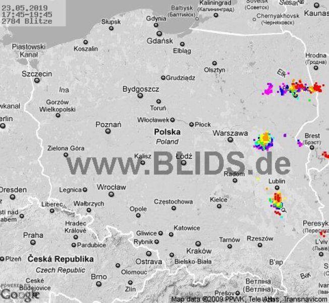 wyładowania w Polsce w godzinach 17:45-19:45