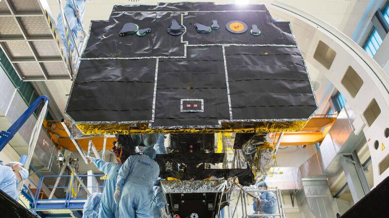 Tak wygląda Solar Orbiter (Airbus Defence and Space/NASA)